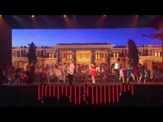 Annie on Broadway: Juventud Vibra 2013 HD - YouTubeGreat sets and costumes