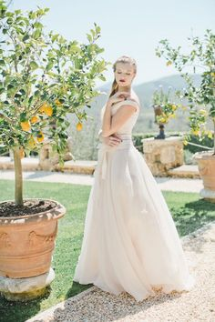 Tuscan bride styled shoot   Warm Photo Photography
