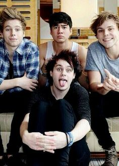 Five seconds of summer. ♡ (^o^)/