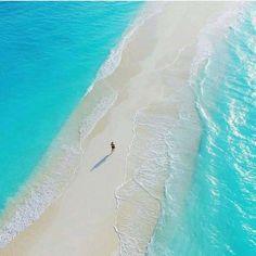 19. Encantar-se com a natureza perfeita das ilhas Maldivas
