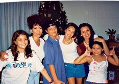 Bruno Mars with his mom and sisters :)