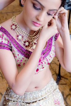Beautiful Indian bride photographed by the Unreal Bride.
