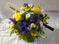 This table centre is celebrating a mans love for Cricket