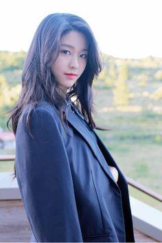 Korean Beauty, Asian Beauty, Kim Seolhyun, Beautiful Asian Women, Beautiful Celebrities, Korean Celebrities, Sexy Asian Girls, Ulzzang Girl, Kpop Girls