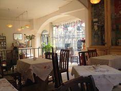 Bea's Vintage Tearoom in Bath