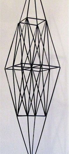 funkkishimmeli Geometric Sculpture, Diy Hanging, Sculptures, Ceiling Lights, Pendant, Pretty, Decor, Printmaking, Heavens