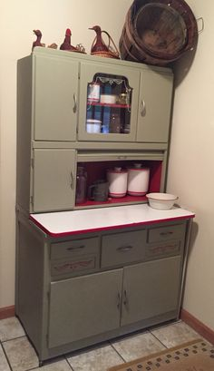 soft yellow -Hoosier Cabinet With Flour Sifter | Hoosier cabinet ...