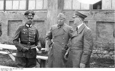 Rundstedt, Hitler, Mussolini.