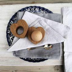Eierbecher aus Eichenholz