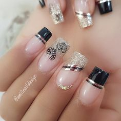 Pin by Gloria Reyes on Hair & nails ideas in 2020 Stylish Nails, Trendy Nails, Perfect Nails, Gorgeous Nails, Romantic Nails, Gel Nail Art Designs, Nail Designer, Bride Nails, Luxury Nails