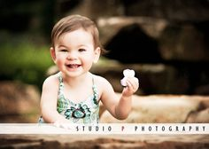 MAGICAL MONDAYS: The best thing to do when shooting kids is to keep the camera ready at all times. You never know when you are going to get magical shots like this one of Eliana.