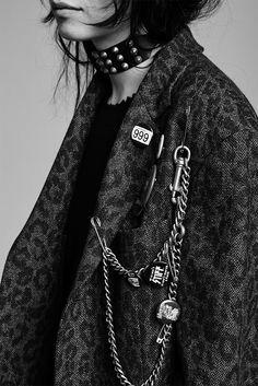 Rock 'n' Roll Style ☆ dark and stormy // loved by Dark Fashion, Gothic Fashion, Dubai Fashion, Lolita Fashion, Mode Punk, Fashion Outfits, Womens Fashion, Fashion Trends, Fashion Fashion