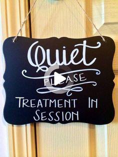 Massage Room Decor, Massage Therapy Rooms, Spa Room Decor, Home Spa Room, Spa Rooms, Rooms Ideas, Esthetics Room, Spa Treatment Room, Reiki Room