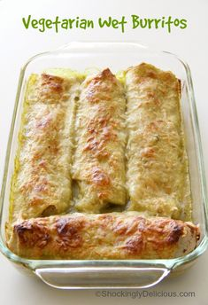 Enchilada sauce is a great start to lots of delicious dinner ideas. Here's 15 ways to use enchilada sauce - enchilada recipes, casseroles, soup.even macaroni and cheese! You're sure to find something to make for dinner tonight. Authentic Mexican Recipes, Mexican Food Recipes, Vegetarian Recipes, Cooking Recipes, Tostadas, Tacos, Green Enchilada Sauce, Enchilada Recipes, Supper Recipes