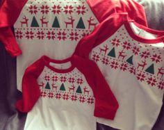 camiseta de Navidad niños por myeverydaydesign en Etsy