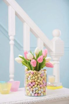 21 gorgeous Easter wedding ideas Having a spring or Easter-themed wedding? Check out these creative ideas, from mini Egg wedding cakes to daffodil centrepieces and pastel balloons. Easter Wedding Ideas, Wedding Themes, Wedding Decorations, Easter Ideas, Pastel Party Decorations, Wedding Favors, Ballons Pastel, Balloons, Mini Wedding Cakes