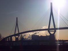 Köhlbrandbrücke 2008 Schnappschuss von der A7