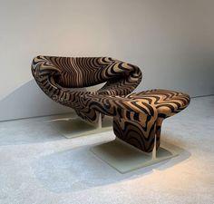 Home Decor Furniture, Accent Furniture, Furniture Design, Aesthetic Coffee, Beige Aesthetic, Room Inspiration, Design Inspiration, Ottoman Design, Art Decor