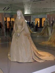royal wedding dress display
