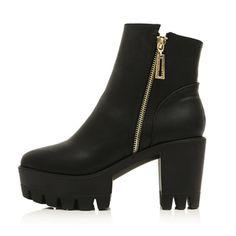Platform Zipper Boots | my mum made it