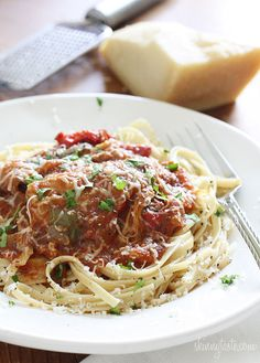 Crock Pot Chicken Cacciatore - The sweet aroma of bell peppers simmering slowly all day long with onions and chicken in crushed tomatoes will make you a very happy person when you get home from work.