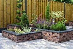 Garden Beds, Home And Garden, Spanish Garden, Patio Wall, Backyard Garden Design, Villa Design, Exterior, Garden Projects, Garden Inspiration