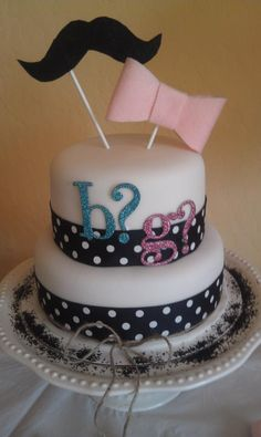 gender reveal cake @Jen A. Basquez. Could have royal crown or tiara sticking out...