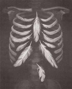 Не нравятся мрачные тона и эффект скелета из перьев