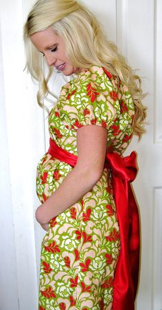 Maternity Hospital Gown Dress<3 now this is cute! :)