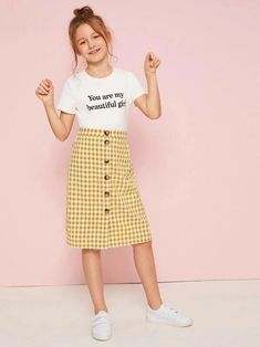 Girls Slogan Graphic Tee and Button Up Gingham Skirt Set - Girls Slogan Tee and Button Up Gingham Skirt Set Source by bestproductsofchina - Dresses Kids Girl, Kids Outfits Girls, Cute Girl Outfits, Cute Outfits For Kids, Teenager Outfits, Cute Dresses, Girls Fashion Clothes, Tween Fashion, Teen Fashion Outfits
