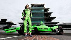 Danica Patrick's Racing Career Comes Full Circle At Indianapolis Indy 500 Sue Patrick, Danica Patrick, Indy Car Racing, Indy Cars, Nascar Live, Indianapolis Motor Speedway, Jeff Gordon, American Sports, Successful Women