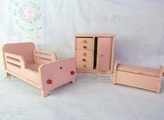 Strombeker Dollhouse Furniture Antique