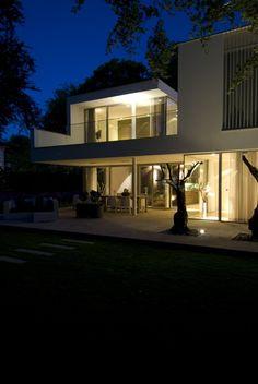 Villa in Bilthoven by Clijsters Architectuur Studio