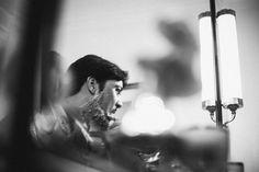 Casamento - Wedding - Rio de Janeiro - Brasil - Brazil - RJ - Raoní Aguiar Fotografia - Noivo - Groom - Making of - Copacabana Palace - Hotel - Fazendo a barba