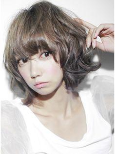 大人可愛い☆トップふんわりパーマのミディアムボブ☆アッシュ - 24時間いつでもWEB予約OK!ヘアスタイル10万点以上掲載!お気に入りの髪型、人気のヘアスタイルを探すならKirei Style[キレイスタイル]で。