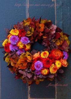 魅惑のバイカラーの花達で四季のリースを綴る 秋のリース 花時間プ*リ*ザvol.9掲載 : FLORAFLORA*precious flowers*ウェディングブーケ会場装花&フラワースクール*