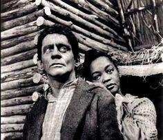 beleza masculina - o ano era 1969 - e euzinha era apaixonada pelo negro escravo da novela A CABANA DO PAI TOMAS- personagem do sergio cardoso na foto com a atriz ruth de souza -1969 -tv globo-sp - o tempo passa e as coisas mudam ... kkkkk