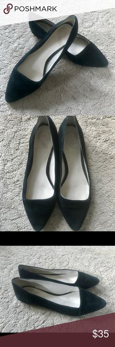 Vince Camuto Allera Black Leather Flats Good condition. These are so elegant and simple pair of Vince Camuto flats. Leather upper, man made lining/sole. Vince Camuto Shoes Flats & Loafers