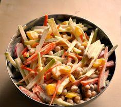 Creamy kohlrabi coleslaw