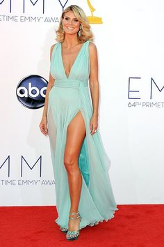 A great summer look for Heidi Klum in this sea water gown #Emmys 2012 #STYLAMERICAN #AfterEmmys