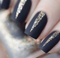 While Fall nail designs are all about burgundy and burnt-orange palettes, Winter is shades of dark and light grey, subtle sparkles, and nudes ombred with metallic gold accents. Here, we found a selection of beautiful nail art you can easily try this Winter. SOURCE: Instagram @mpnails, @paintboxnails, @cassmariebeauty, @paintboxnails, @Jinsoon | Pinterest
