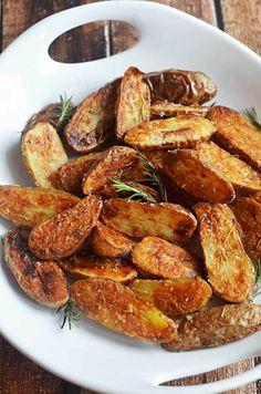 Crispy Sea Salt and Vinegar Roasted Potatoes by hostthetoast