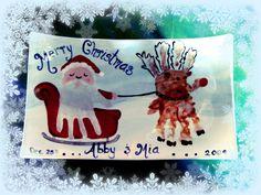38 DIY Handprint Christmas Crafts for Kids Santa Handprint, Christmas Handprint Crafts, Christmas Arts And Crafts, Handprint Art, Cute Crafts, Holiday Crafts, Christmas Artwork, Christmas Activities, Christmas Decor
