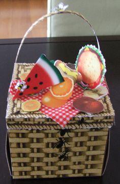 4 th July recipe & pics exploding box - Scrapbook.com