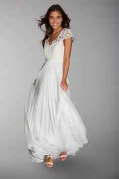 Les robes de mariée de Fabienne Alagama - Collection 2016 | Modèle : Amber | Crédits : Fabienne Alagama | Donne-moi ta main - Blog mariage