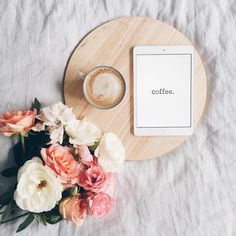 wake up and smell the flowers Coffee And Books, I Love Coffee, My Coffee, Monday Coffee, Coffee Break, Morning Coffee, Photo Instagram, Instagram Feed, Instagram Story
