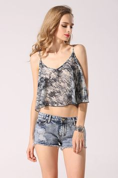 c565112e6f Loose Casual Printed Chiffon Crop Top on Luulla Crop Tops