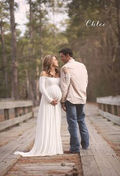 Gorgeous long sleeve maternity gown made of luxurious knit. Choose your skirt…