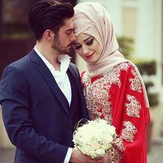 Pyar Me Pagal Karne Ka Wazifa, Amal, Totka, Tarika Aur Taweez Hijab hijab ka tariqa Bridal Hijab, Hijab Bride, Wedding Hijab, Punjabi Wedding, Wedding Dresses, Cute Muslim Couples, Romantic Couples, Wedding Couples, Wedding Bride