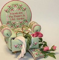 Embroidered armchair pin cushion - tutorial